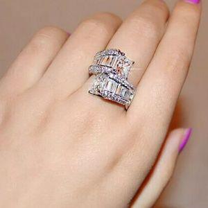 Jewelry - ⭐Princess cut & channel baguette set diamond ring